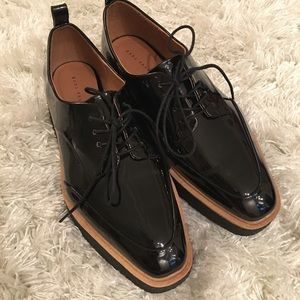 NWOT Zara creepers patent leather 39